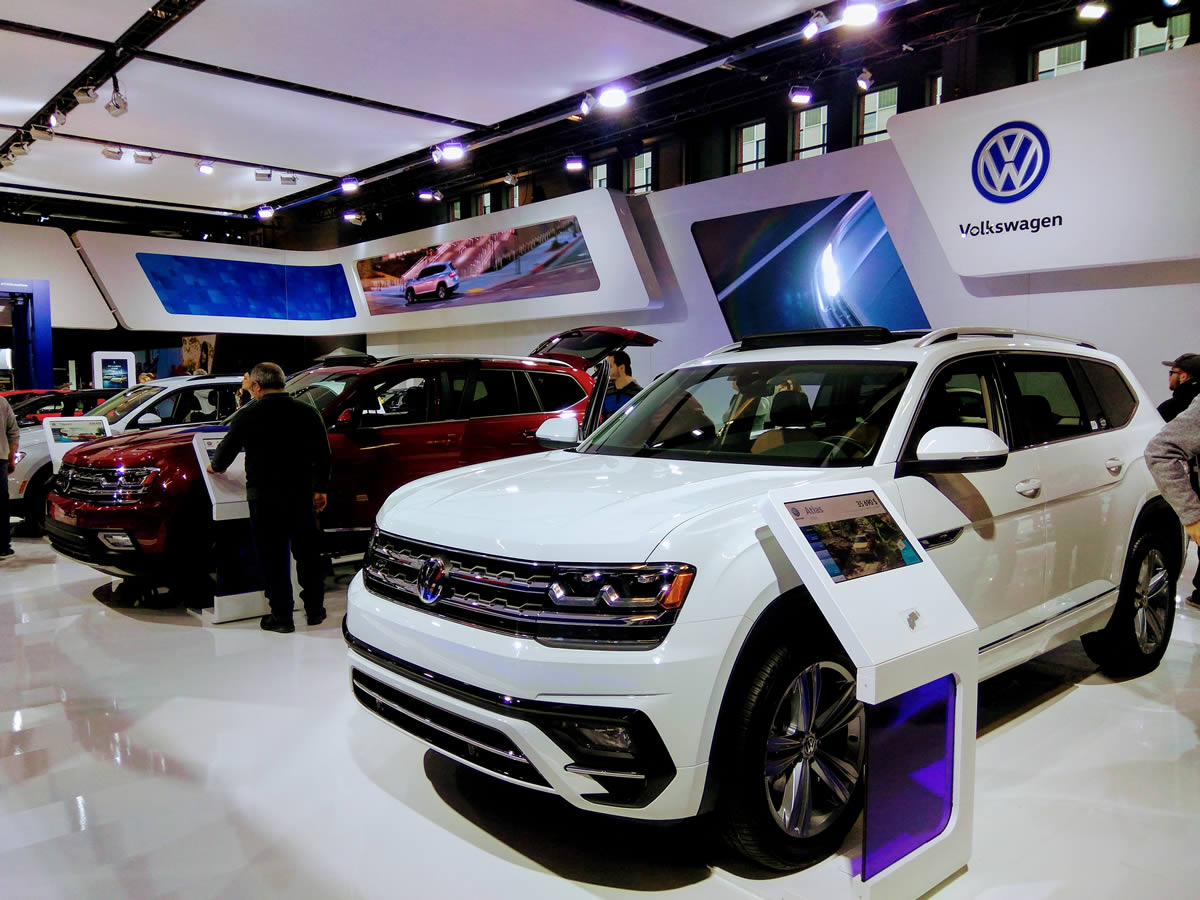 Vw Dealer Near Me >> The 2018 Montreal Auto Show is On! | LeaseCosts Canada