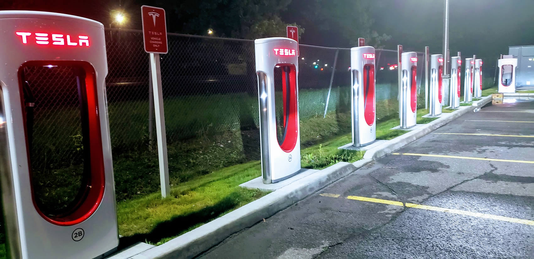 Car Lease Vancouver >> Tesla Charging Stations in Canada • LeaseCosts Canada