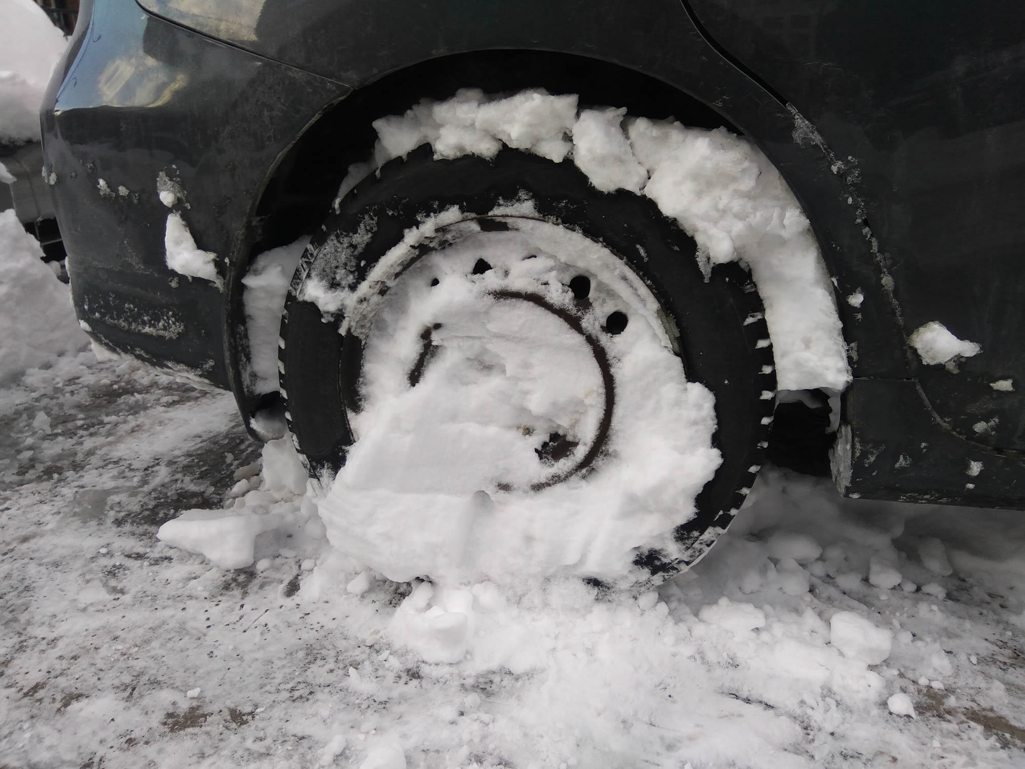 Remove snow from your mags and rims