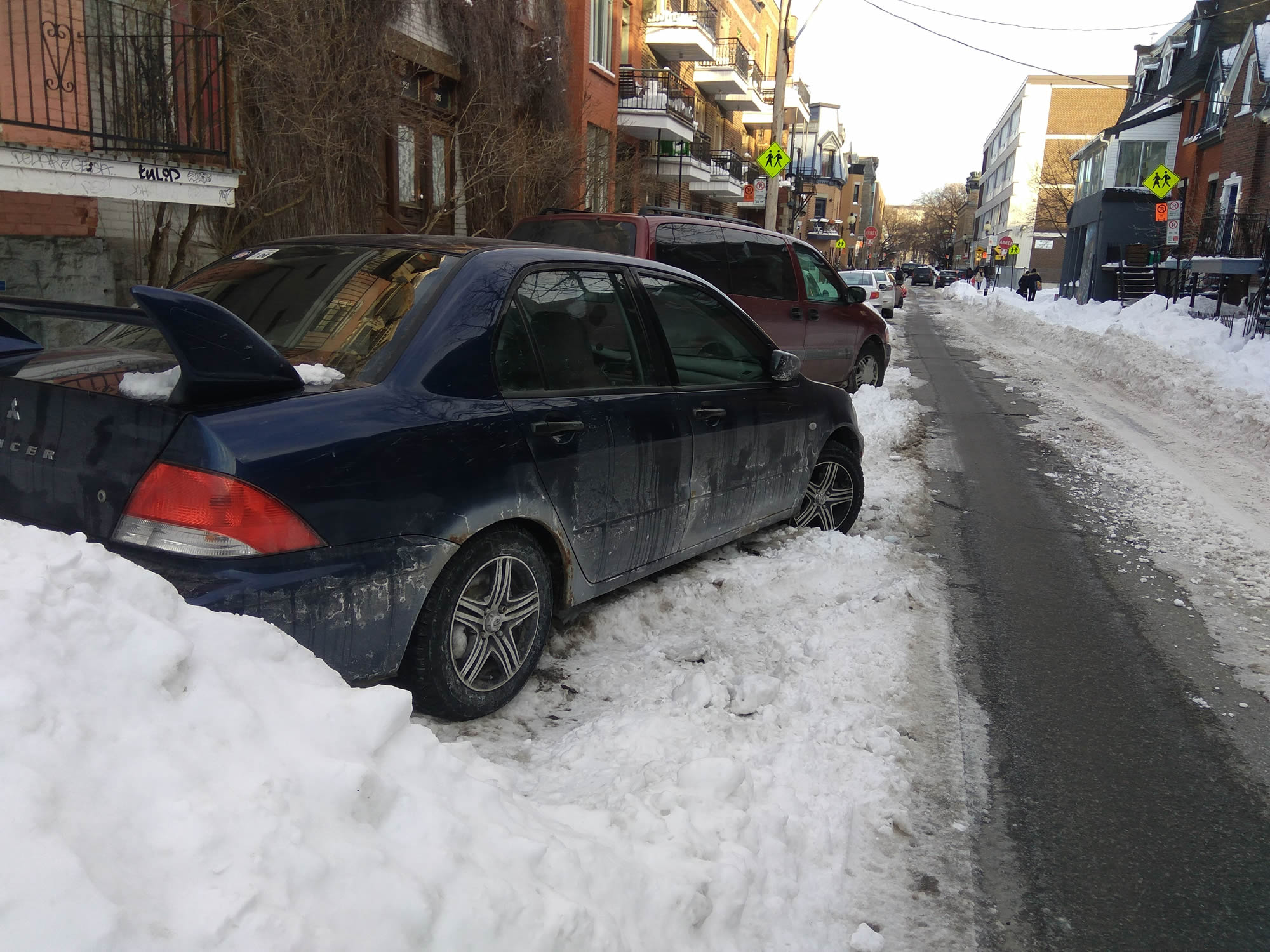 Diagonal parking when the street is full of snow