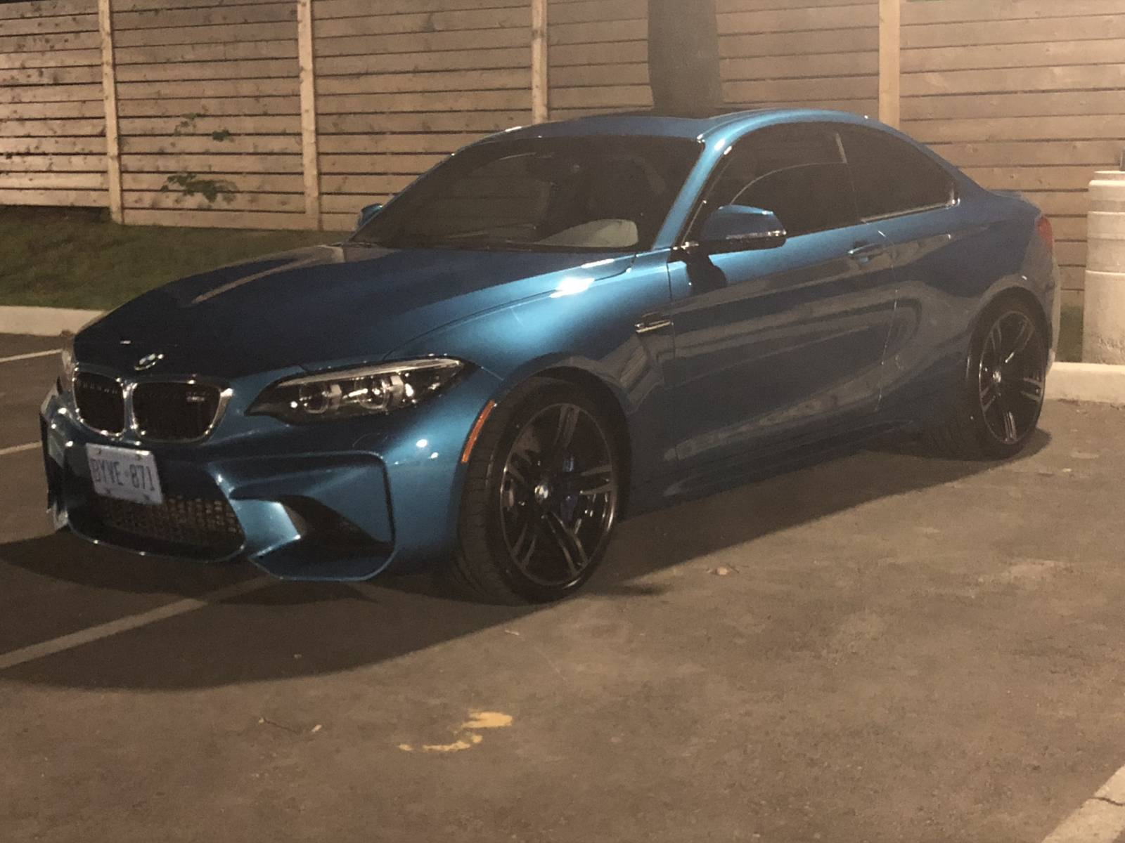 BMW Lease Takeover in Hamilton, ON: 2018 BMW M2 Manual 2WD ID:#4069 • LeaseCosts Canada