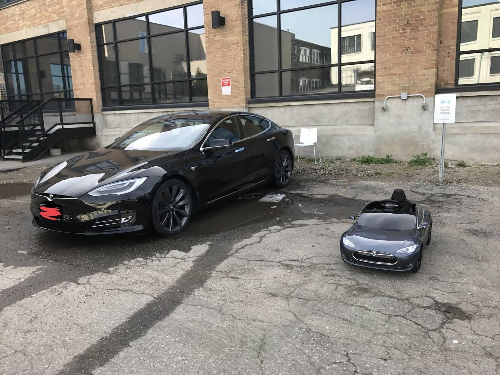 Tesla Lease Takeover >> Tesla Lease Takeover In Kitchener On 2016 Tesla Model S 90d Automatic Awd Id 4193