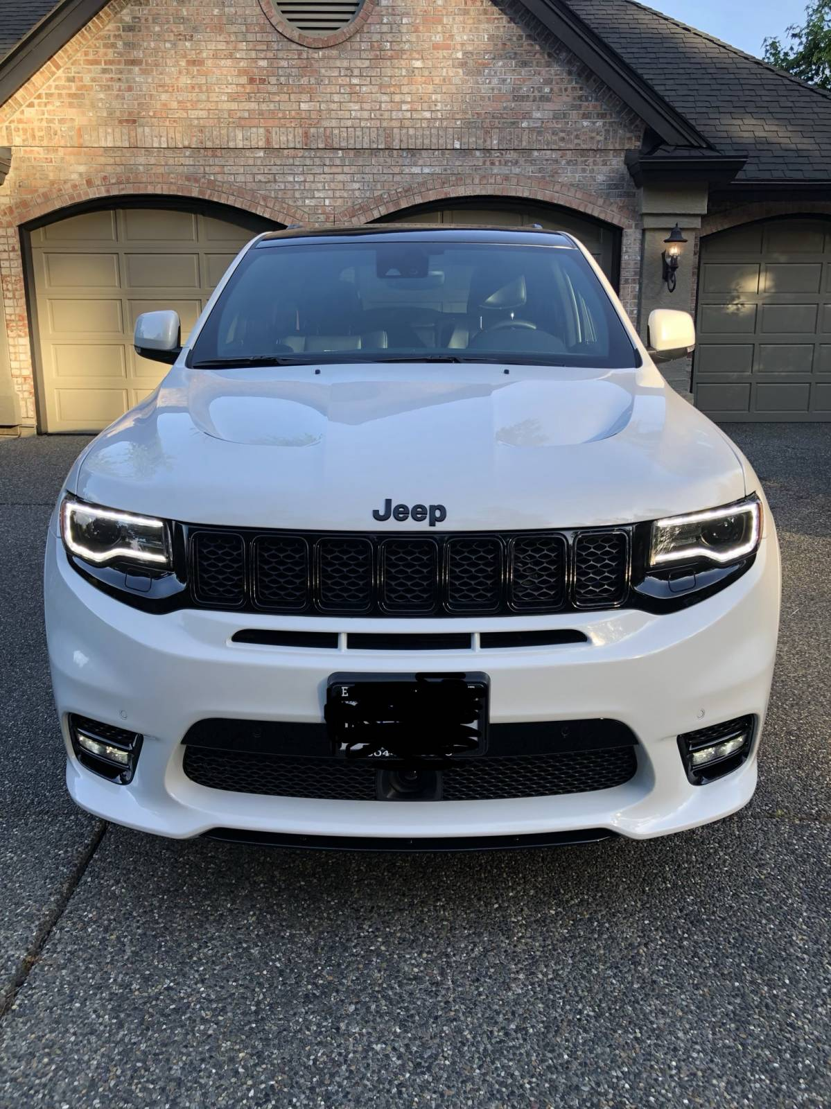 Car Lease Vancouver >> Jeep Lease Takeover in Vancouver, BC: 2018 Jeep Grand Cherokee SRT Automatic AWD ID:#5032 ...