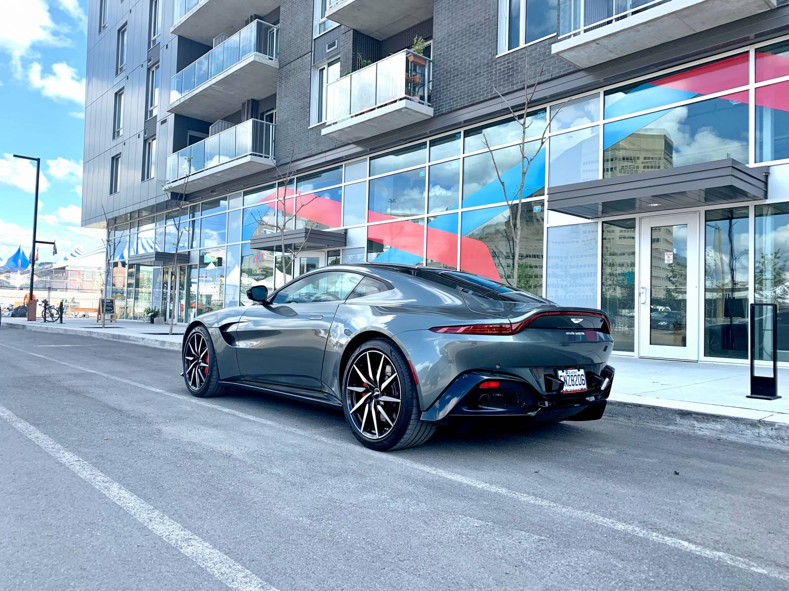 Aston Martin Lease Takeover In Ottawa Gatineau 2019 Aston Martin Vantage Automatic 2wd Id 6183 Leasecosts Canada