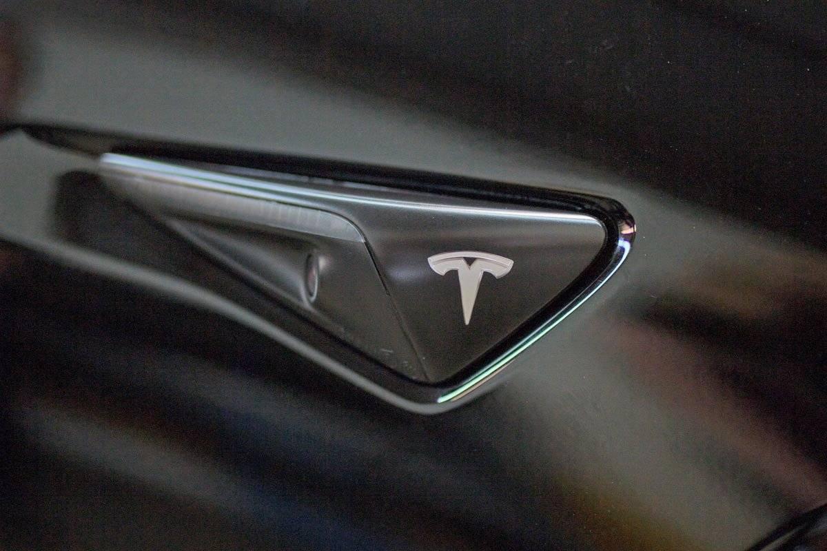 Tesla Lease Takeover in Montreal, QC: 2019 Tesla Model 3 ...