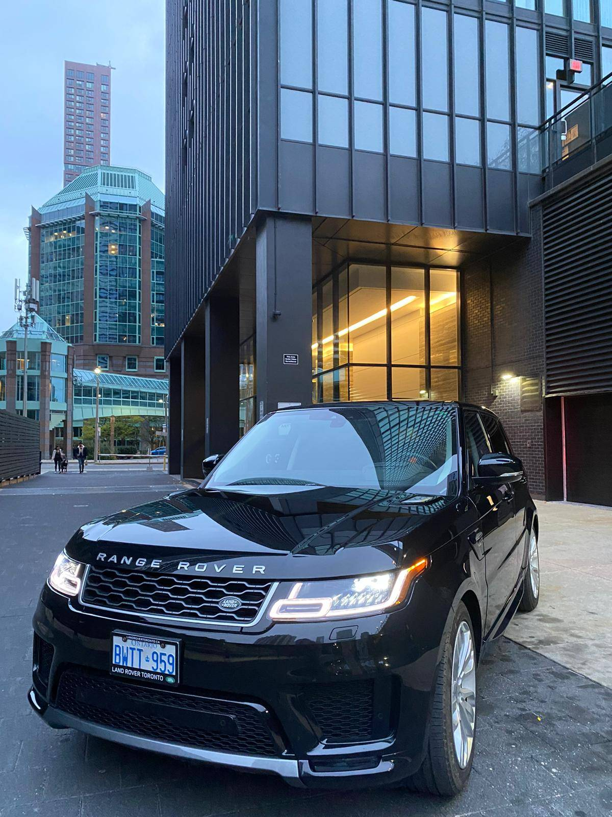 Land Rover Lease Takeover in Toronto, ON: 2019 Land Rover ...
